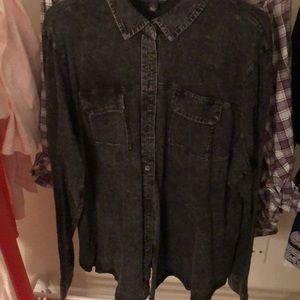 Charcoal button down with open back 2X